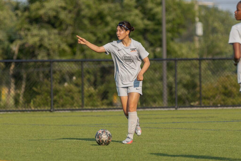 松久栞南選手の画像