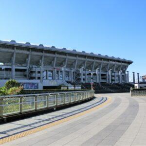 横浜にある日産スタジアムの画像